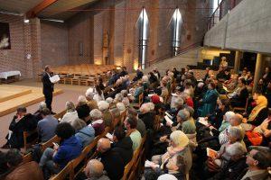 Durant l'exposé du P. Dominique à St François